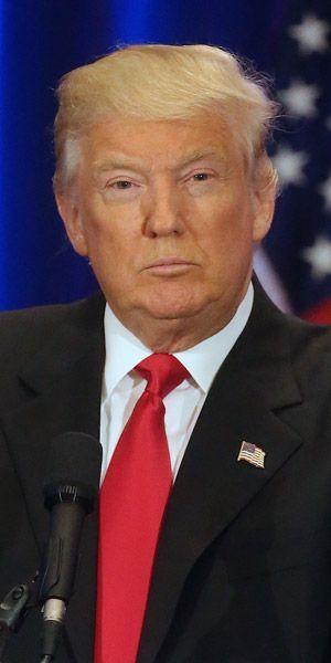 Donald trump ses vid os for Coupe de cheveux donald trump