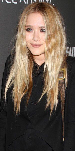Mary Kate Olsen Ses Vid 233 Os
