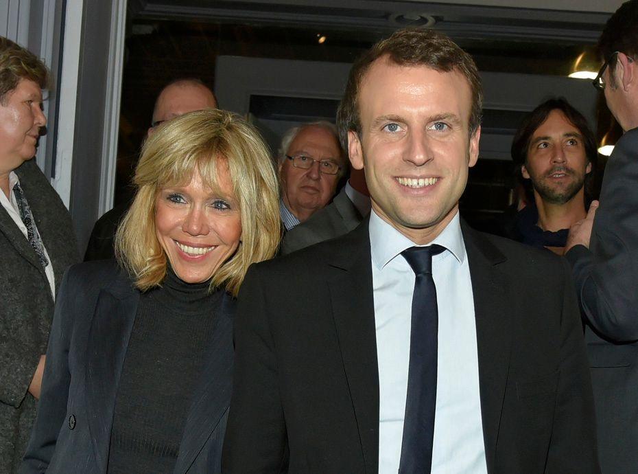 """Extrêmement Emmanuel Macron sur l'âge de sa femme : """"le fait qu'elle ait 20  FN99"""