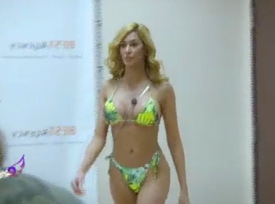 Anges De 9Découvrez En Bikini Nesma L'audition Très Les Sexy 4Aj5RL3