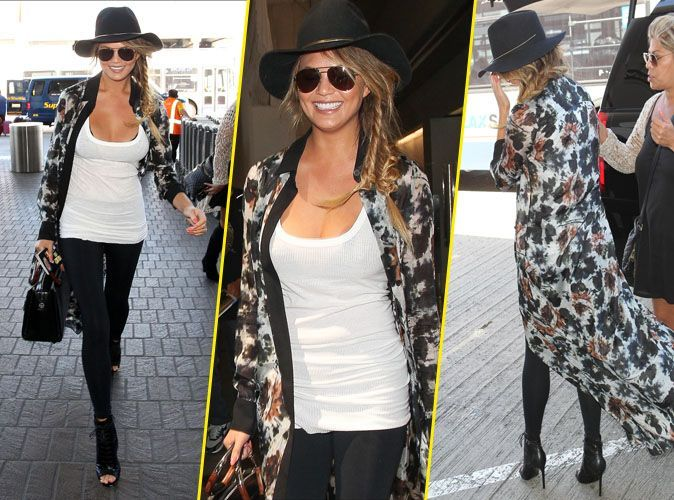chrissy teigen une tenue chic pour une entr e choc. Black Bedroom Furniture Sets. Home Design Ideas