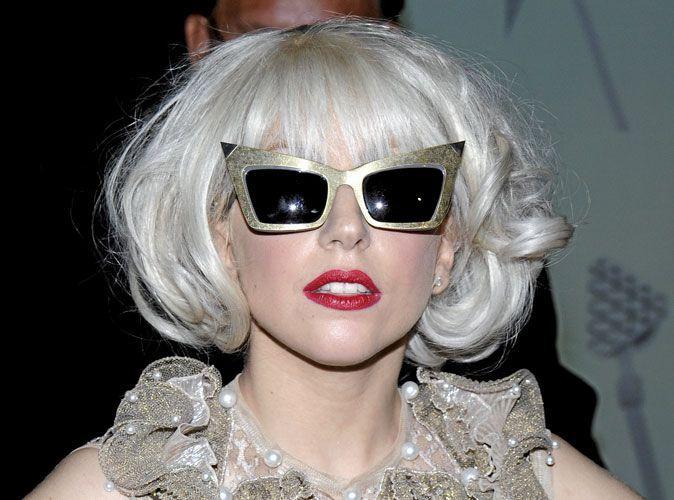 a1293d5428d19e Les lunettes excentriques Alexander Wang de Lady Gaga !