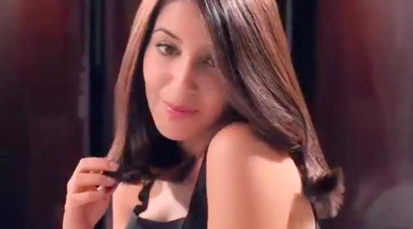 Couleur cheveux chocolat leila bekhti