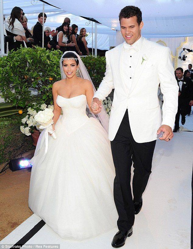 Mode Kim Kardashian Quelle Est Sa Plus Belle Robe De