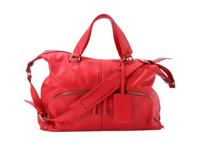 c2ec9b9e078c Mode   Sienna Miller nous présente le sac de la rentrée signé Caroll !