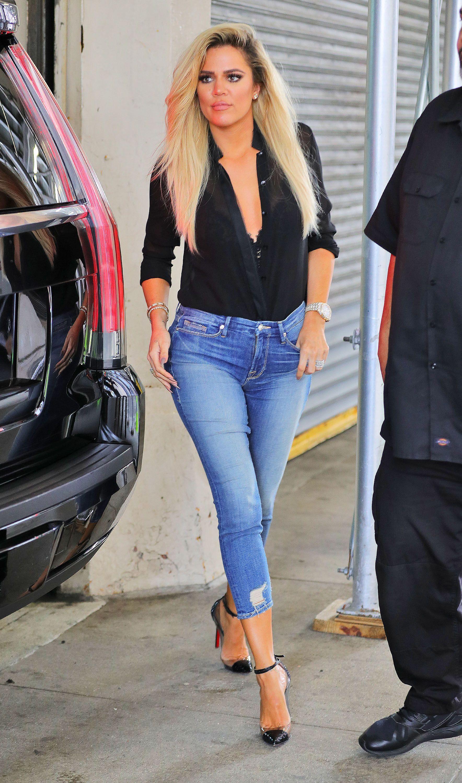 Photos   Khloe Kardashian lance sa propre marque de jeans ! 315ce18a7fc