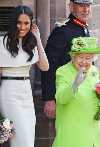 photos meghan markle et la reine un expert nous dit