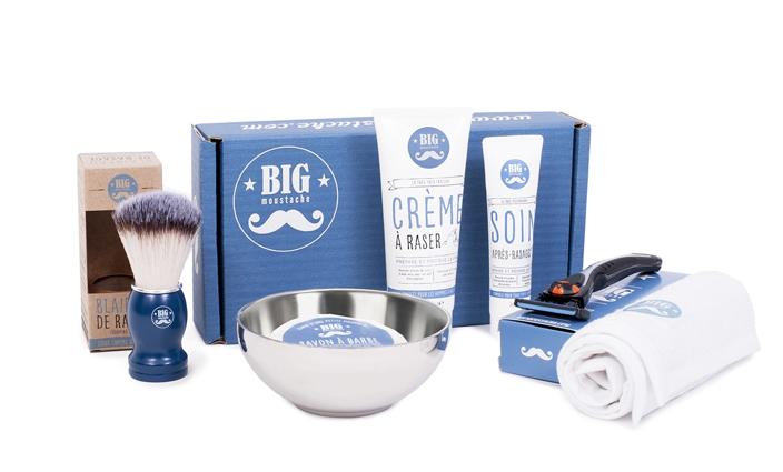 3cea884166f2 À noter que l on peut aussi shopper les produits à l unité à savoir rasoir,  bol de rasage, recharges de lames, blaireau de rasage, miroir, trousse, ...