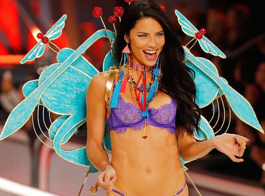 Adriana Lima : Vous ne la reverrez plus jamais nue !