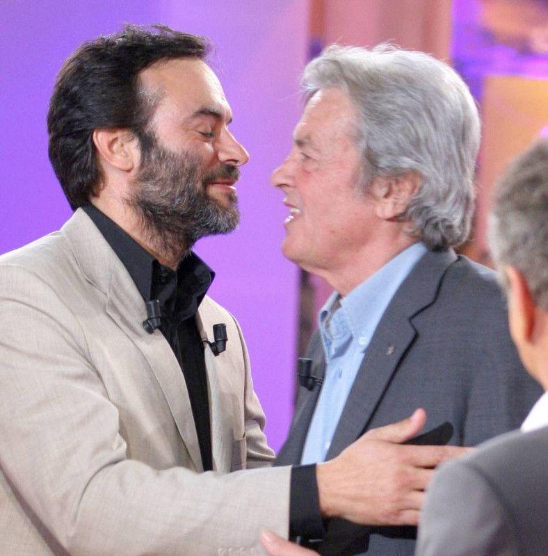 Alain Delon a porté plainte contre son fils Anthony pour une étrange raison