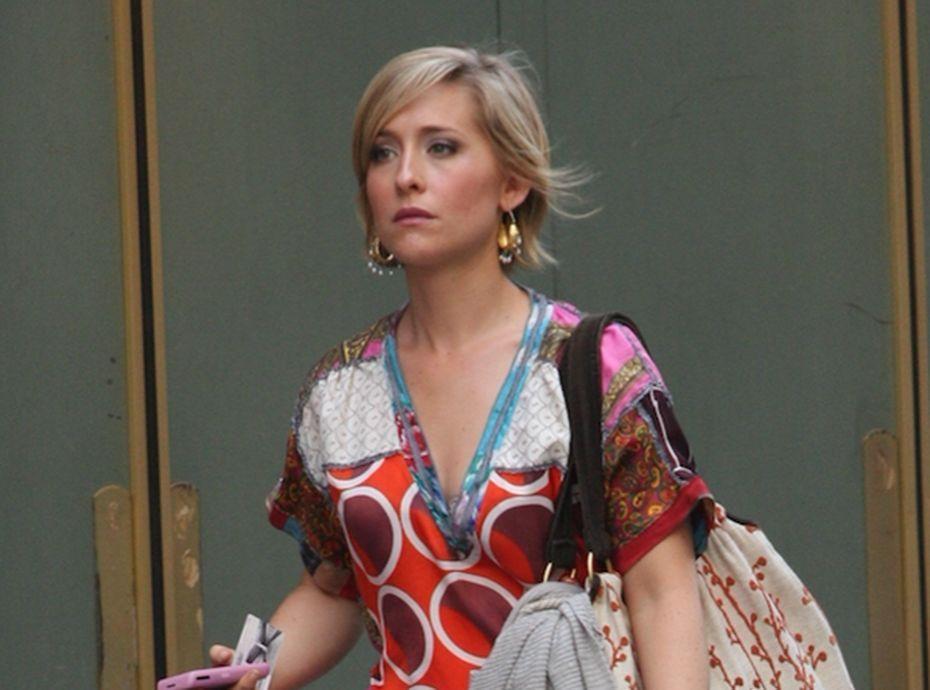 Allison Mack : la comédienne de Smallville risque la prison pour trafic sexuel !