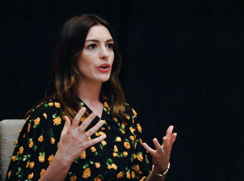 Anne Hathaway laisse un message bouleversant sur Instagram...