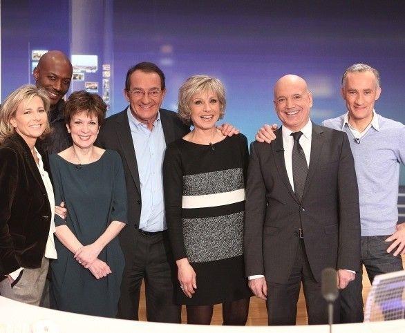 Après Karine Ferri, une autre star de TF1 évincée... et ça vient de tomber !