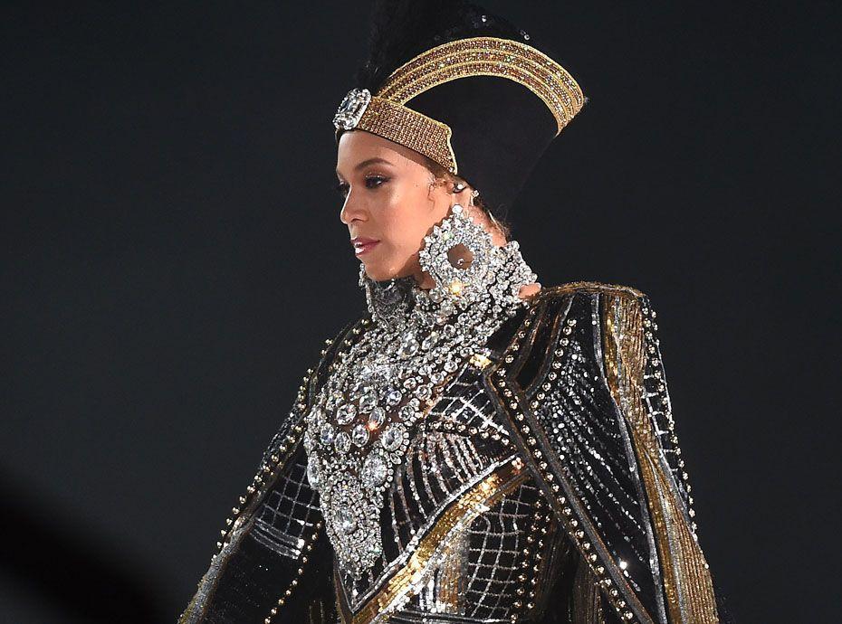 Beyoncé : après son triomphe à Coachella, elle ouvre son compte en banque aux fans !