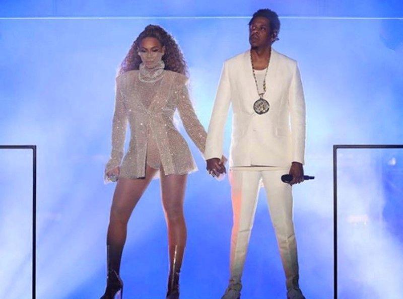 Beyoncé et Jay-Z posent nus et cassent internet !
