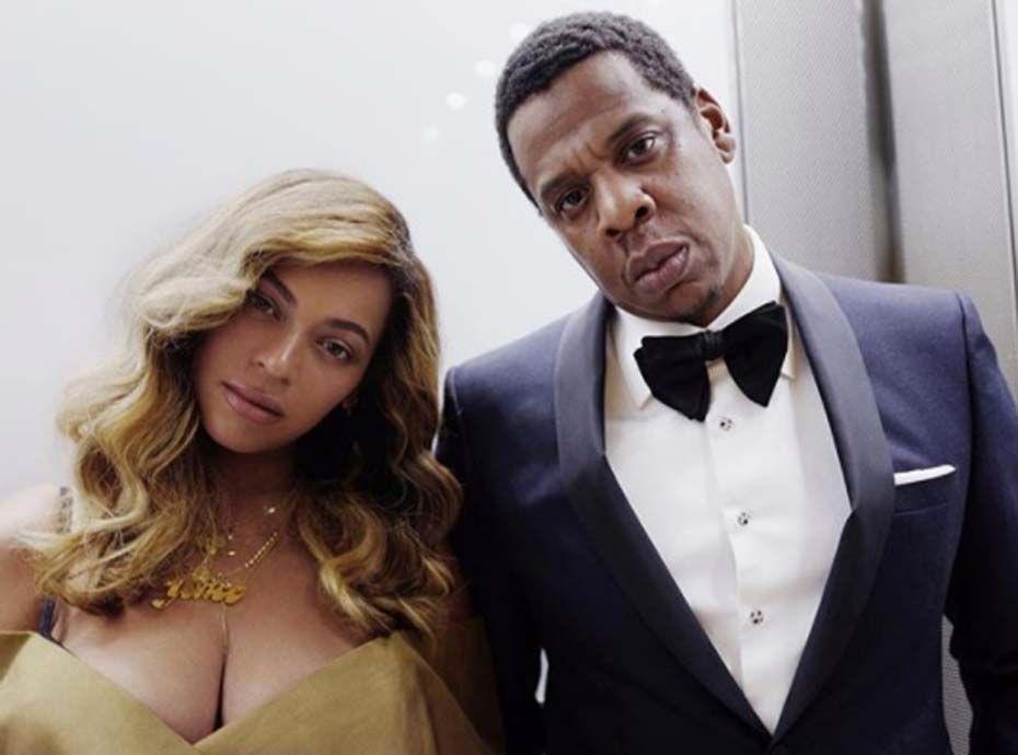 Beyoncé vous présente ses jumeaux Rumi et Sir !