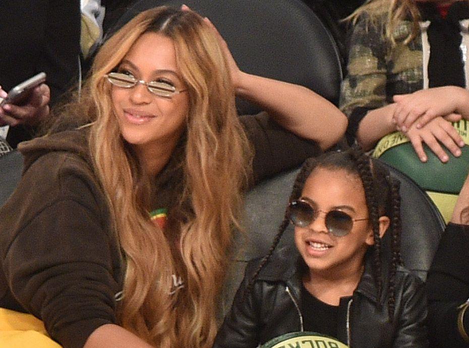Blue Ivy dépense 17 000 dollars dans une vente aux enchères à l'insu de ses parents Beyoncé et Jay Z