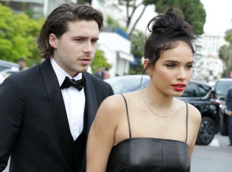 Brooklyn Beckham : Ça chauffe avec sa copine à Cannes !