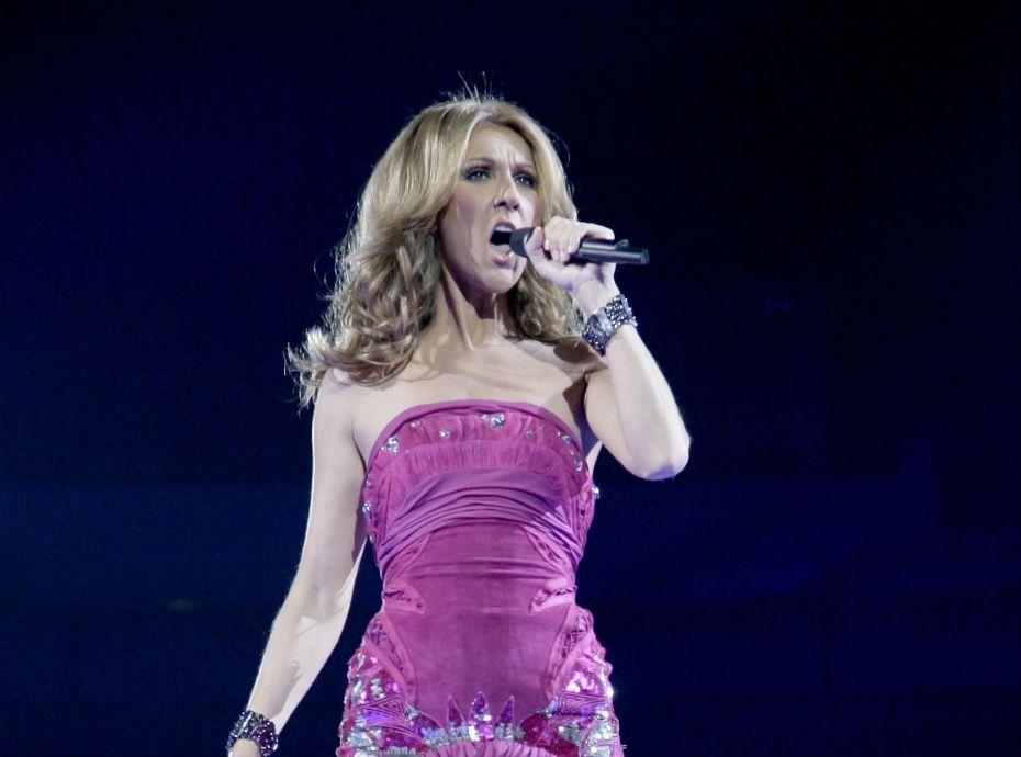 Céline Dion annule encore un concert, ses fans s'inquiètent...