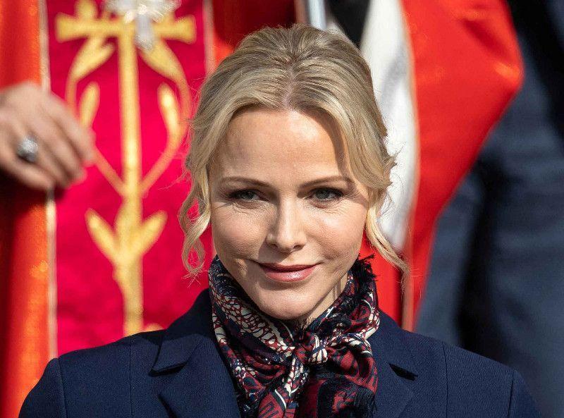Charlene de Monaco a encore changé de tête : pourquoi sa dernière photo a terrifié la Toile ?