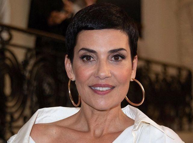 pourquoi elle refuse catégoriquement de se laisser pousser les cheveux ?