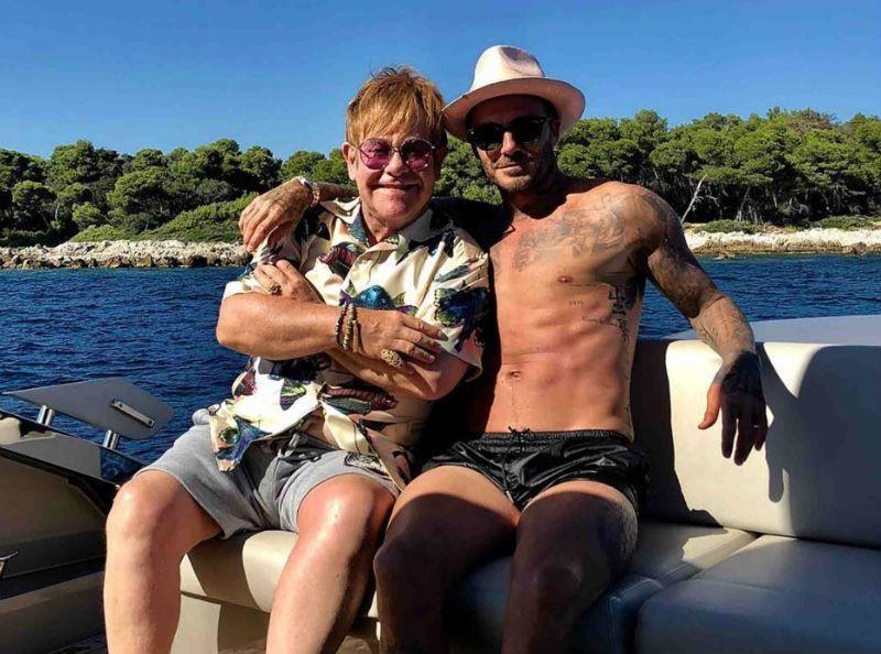 David et Victoria Beckham : Des vacances françaises... avec Elton John !