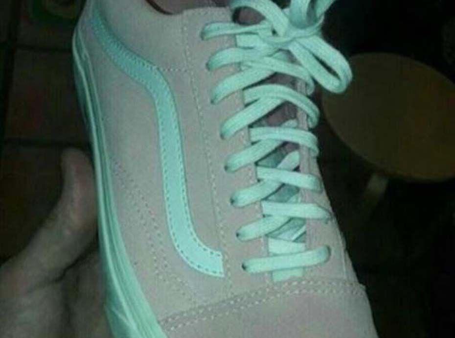 De quelle couleur sont ces chaussures ? C\u0027est la nouvelle question qui  secoue la Toile !