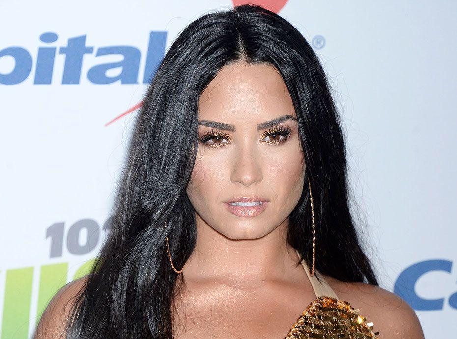 Demi Lovato : après Henry Cavill (alias Superman), elle chauffe Drake !