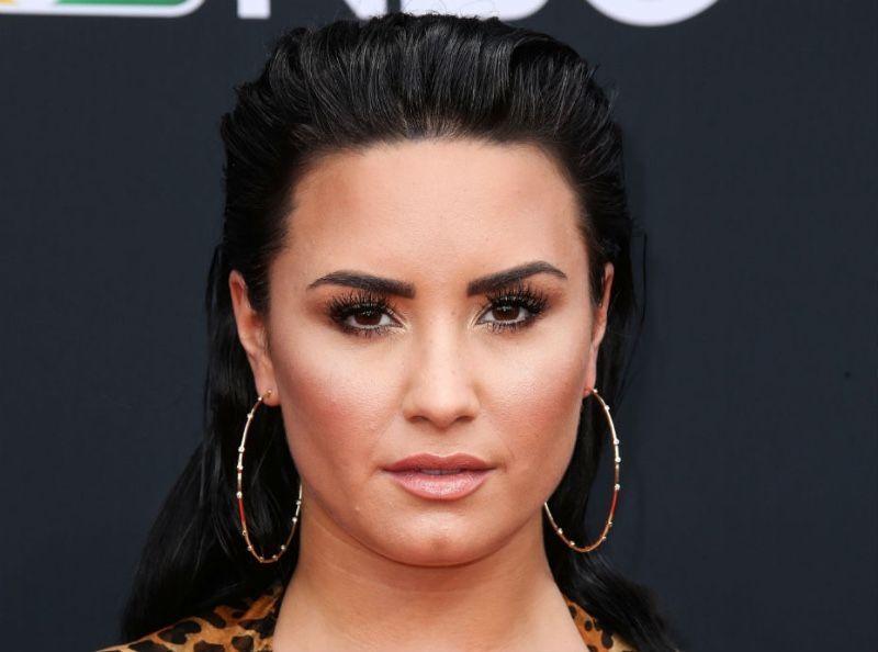 Demi Lovato : Elle provoque un tollé et se fait conspuer sur Twitter !