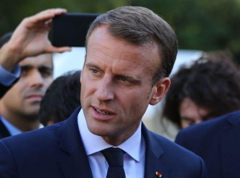 Emmanuel Macron : Le jeune chômeur qu'il a conseillé lui en veut terriblement !