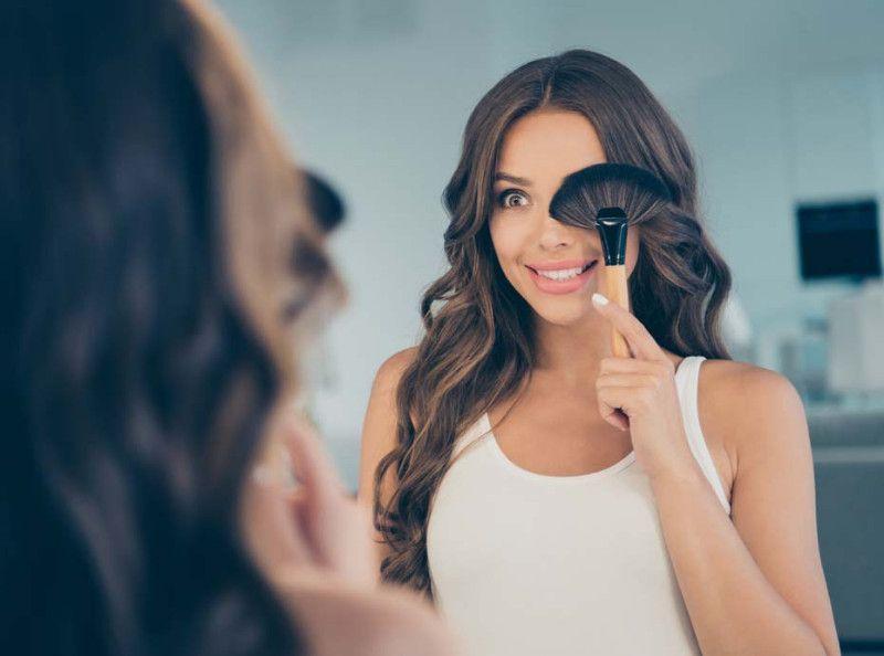 Été 2019 : Comment avoir l'air bronzée sans partir en vacances ?