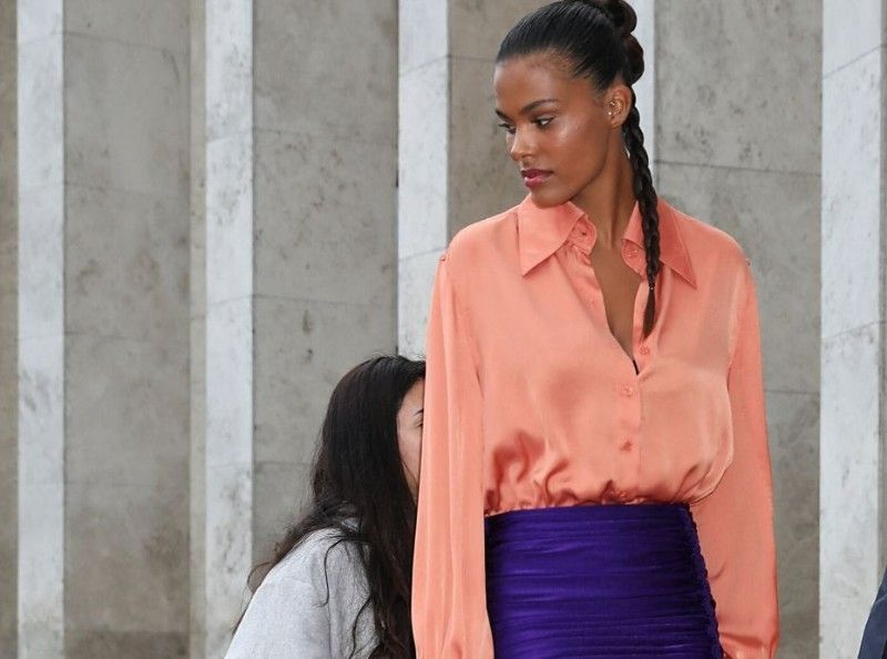 Fashion Week : Tina Kunakey, Soko, Adeline Bondieau, zoom sur le look des stars