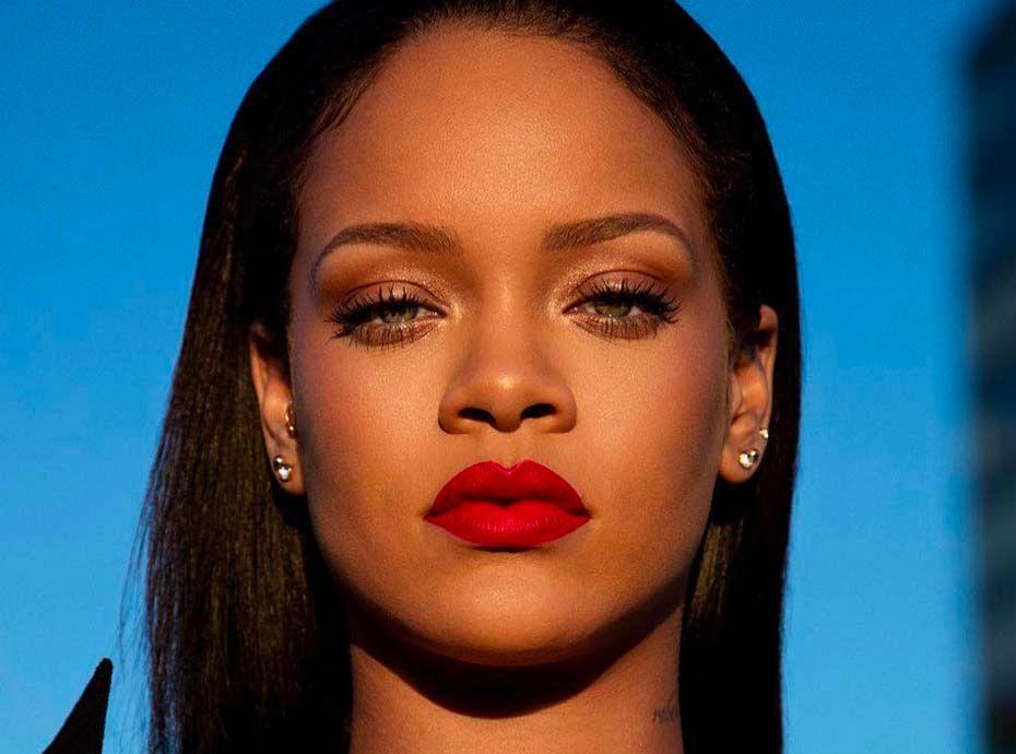 Fenty Beauty : Stunna Lips : Rihanna lance un rouge à lèvres unique... adapté à toutes les carnations
