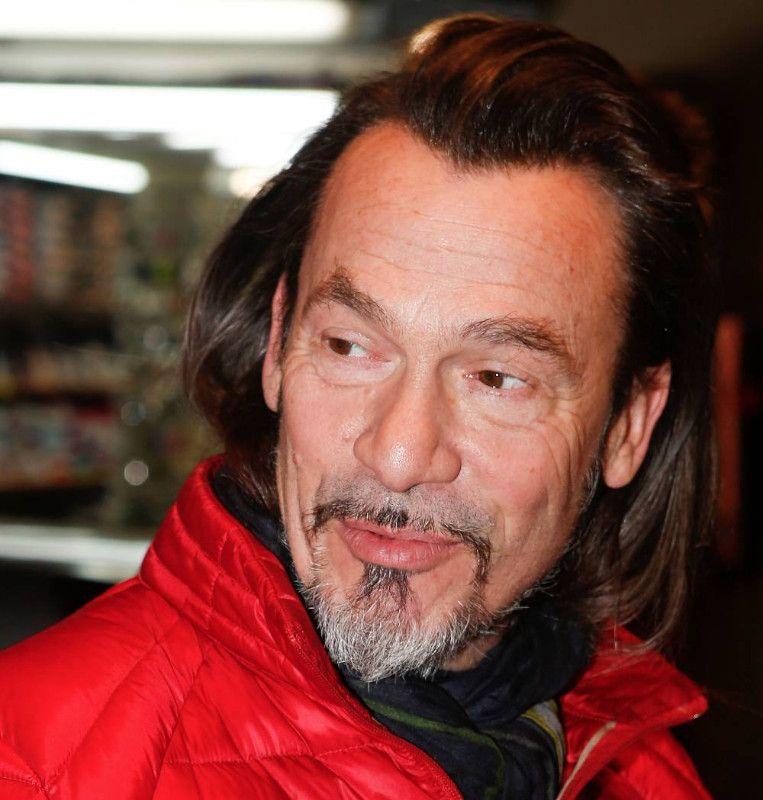 Florent Pagny accuse Johnny Hallyday d'être responsable de la guerre pour son héritage