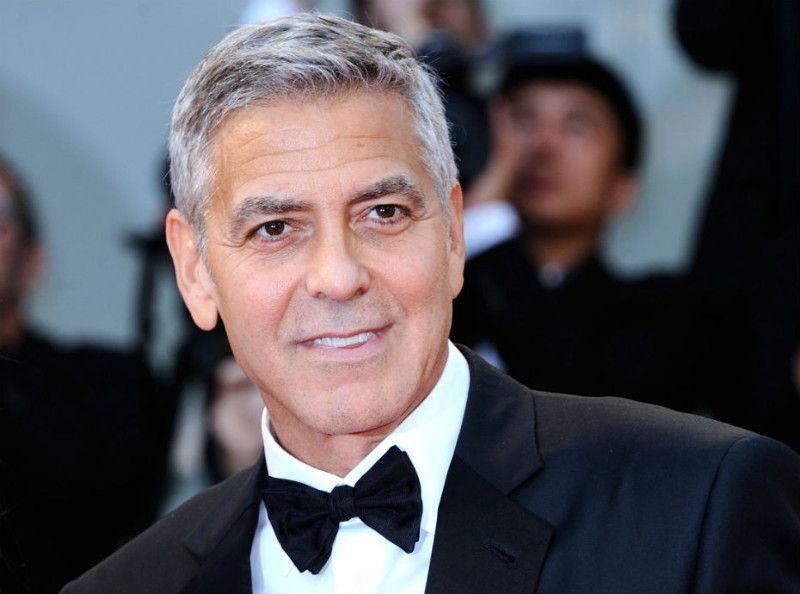 George Clooney a été hospitalisé en Italie pour un traumatisme...