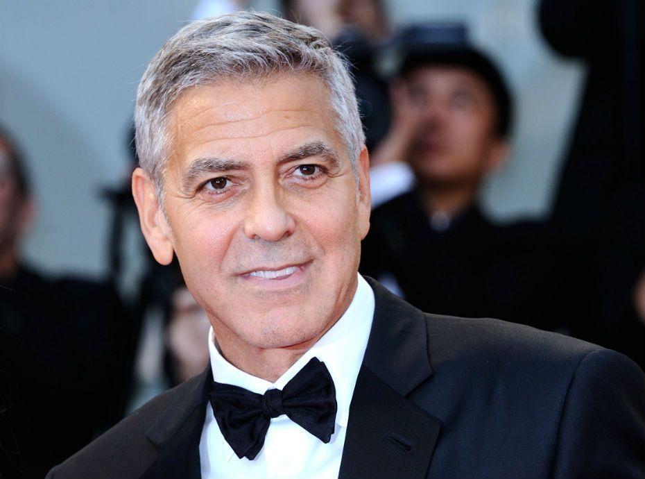 George Clooney fait un incroyable cadeau aux passagers d'un avion, pour excuser ses bébés !