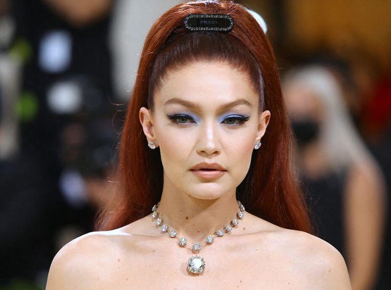 """le mascara """"effet faux-cils"""" qu'elle portait lors du MET Gala coûte moins de 12€ !"""