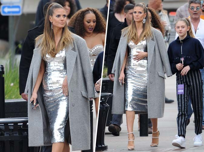 Heidi Klum : robe métallisée et sandales à talons, qui valide son look ?