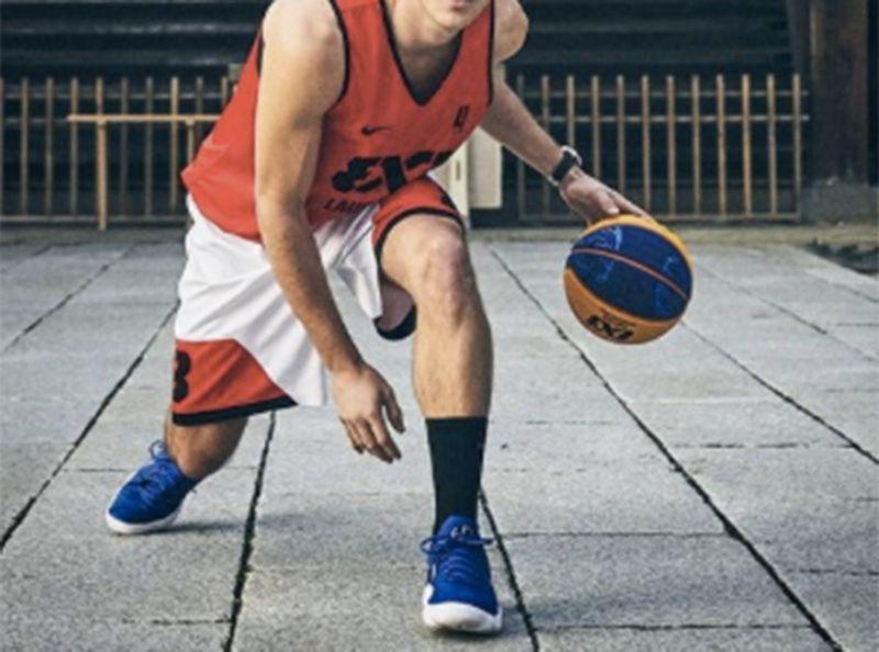 Instagram : ce célèbre basketteur vient de faire son coming out