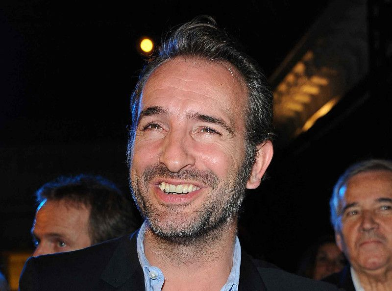 """Jean Dujardin commence le tournage du nouveau """"OSS 117"""" : et le titre est génial !"""
