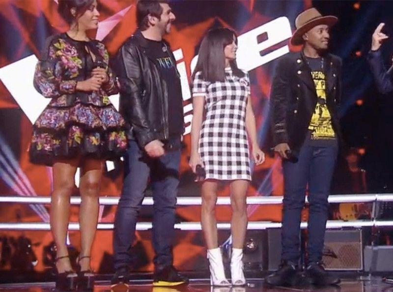 Jenifer Devoile Ses Jambes Dans The Voice Kids Cette Mini Robe A Carreaux Qui Fait Jaser
