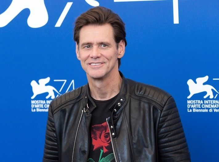Jim Carrey : Il donne une interview totalement flippante à la Fashion Week !