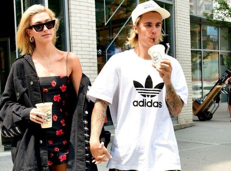 qui sort avec Justin Bieber maintenant 2015