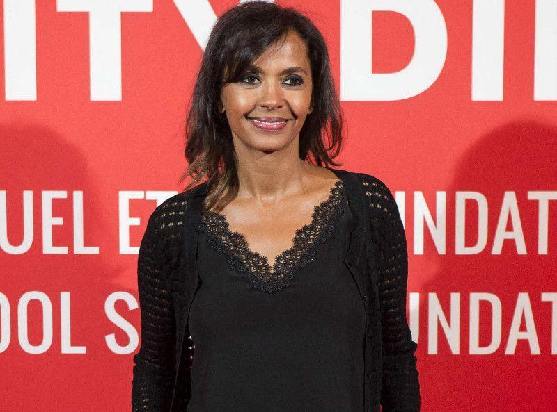 Karine Le Marchand : Célibataire, elle fait une confession sexuelle osée...