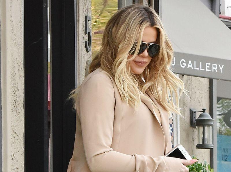 Khloe Kardashian : Elle affiche un corps incroyable trois mois après son accouchement !