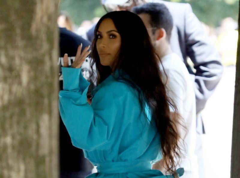 Kim Kardashian quitte déjà Paris au moment où son braquage refait les gros titres !