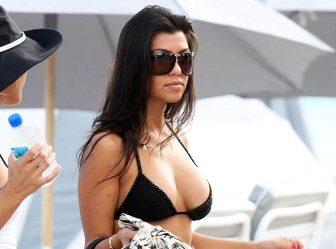 Christina aguilera gros seins