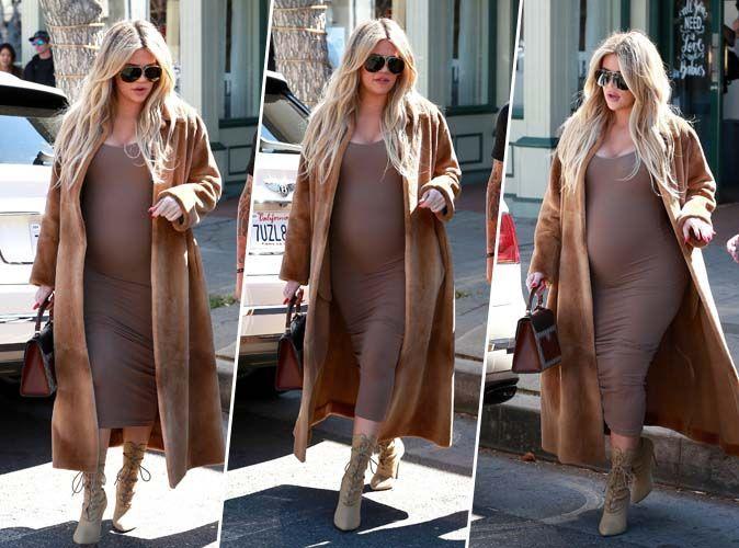 Khloe Kardashian : Enceinte et parfaite en total look nude !
