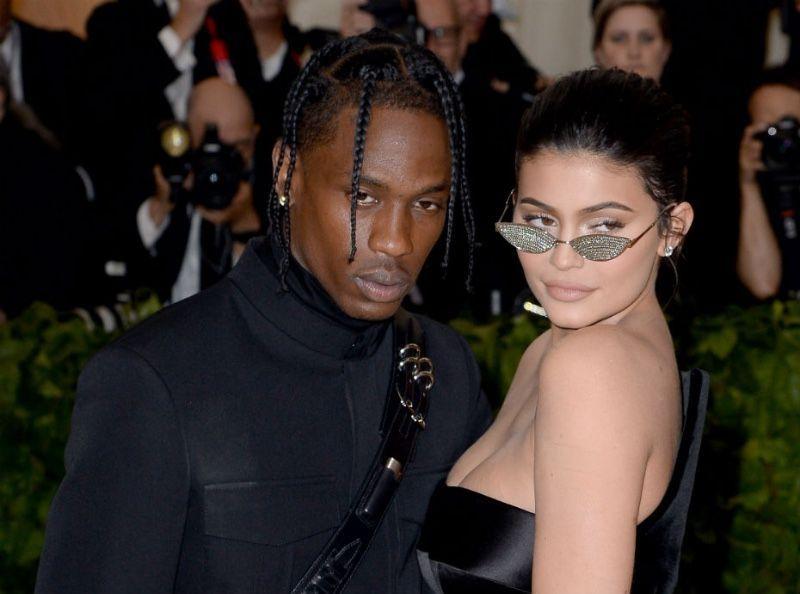Kylie Jenner : Elle lance une déclaration de guerre à ses fans !