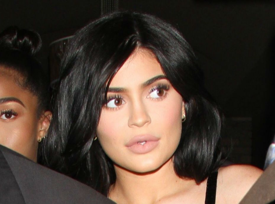 Kylie Jenner, toujours enceinte, se serait séparée de Travis Scott !